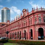 Đền Kelaniya Raja Maha Vihara tượng trưng cho nét cổ kính của Colombo