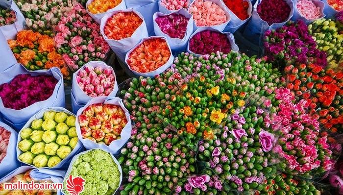 Chợ hoa tuyệt đẹp ở Vượng giác