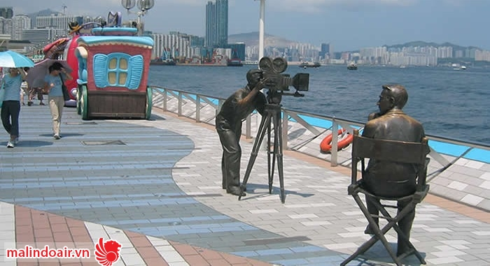 Những bức tượng ngộ nghĩnh bạn sẽ nhìn thấy khi đi trên đường