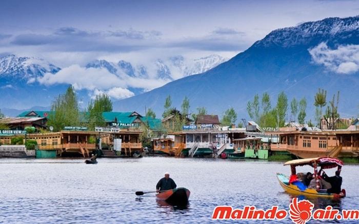 Lạc vào cảnh đẹp ở Kashmir