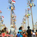 Lễ hội trèo cau bôi mỡ ở Indonesia