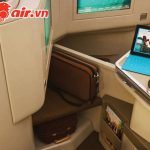 Được phép dùng laptop trên máy bay