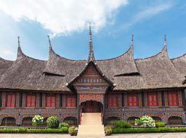 Công viên Taman Mini Indonesia