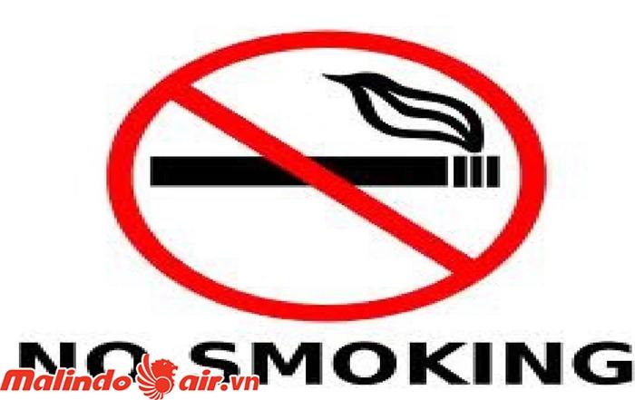 Nhiều nơi cấm hút thuốc nơi công cộng