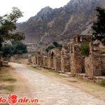 Lối vào đầy bí ẩn ở Bhangarh