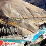 Những dòng sông băng vắt mình trên núi Himalaya