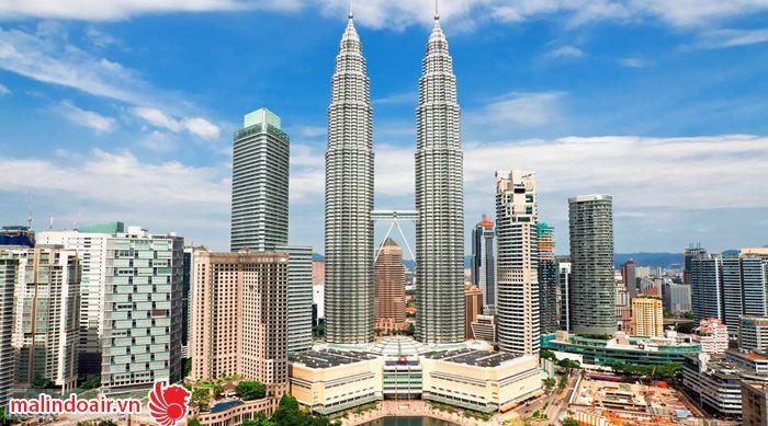 Đến tháp đôi Petronas thưởng thức nhạc giao hưởng