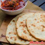 Bánh mì Naan - loại bánh mì đặc trưng của người Ấn Độ