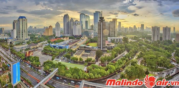 Nên đến thủ đô Jakarta từ tháng 4 đến tháng 10