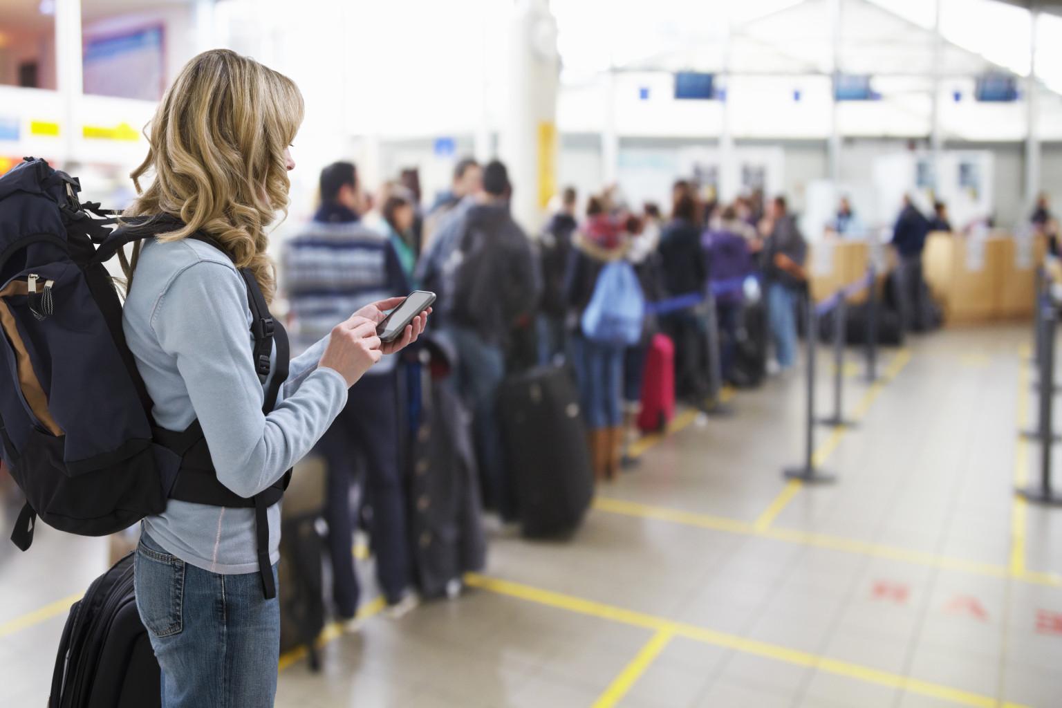 Cần chuẩn bị những giấy tờ cần thiết trước khi lên máy bay