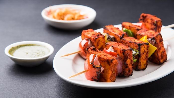 Ẩm thực Ấn Độ qua từng xiên Tikka Paneer