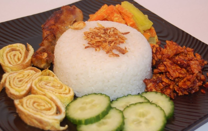 Cơm nước cốt dừa đậm vị Indonesia