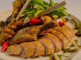 Nhâm nhi hương vị đậm đà của vịt hầm chiên
